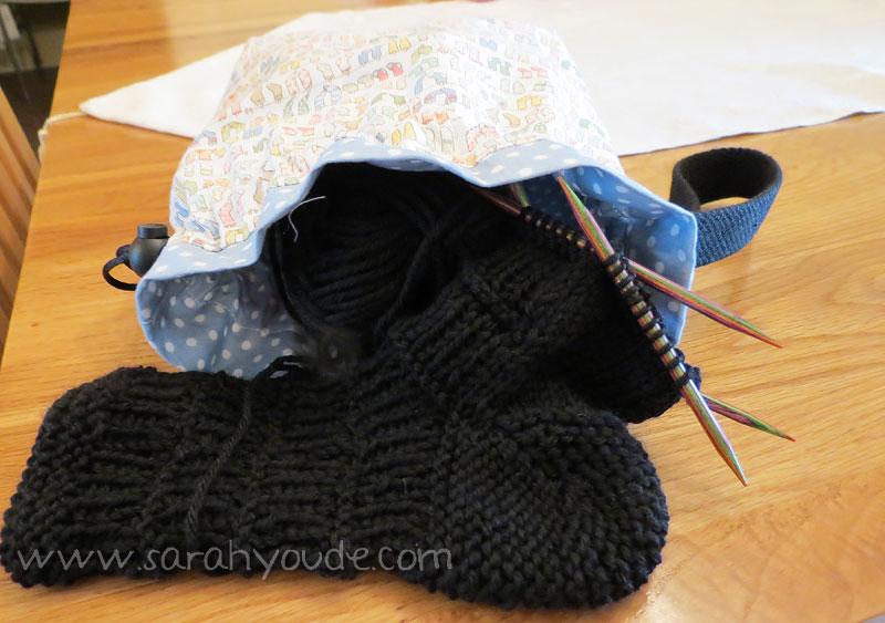 Sarahyoude_drawstringbag_socks
